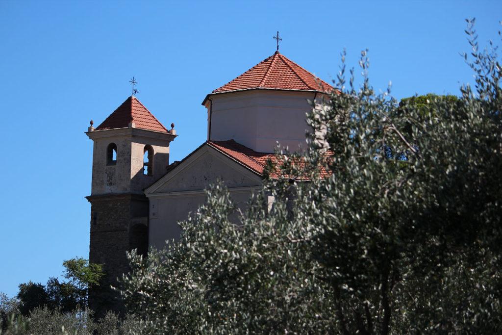 Santuario del Carmine a Costa d'Oneglia