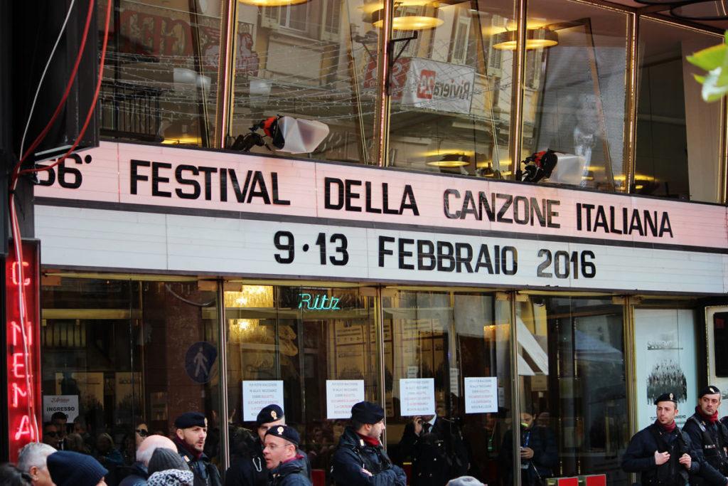 Ingresso teatro Ariston durante il festival di Sanremo