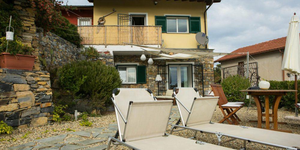 Casa Erbaea, Bilocale con splendida vista mare, Wifi gratuito e Mini Piscina Idromassaggio