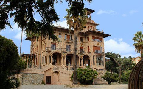 """Villa Grock, il """"castello"""" del Re dei Clown"""